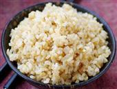 糙米饭的功效与作用_促进健康_粥皮滋阴又补阳_营养价值
