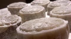 玫瑰豆沙馅冰皮月饼