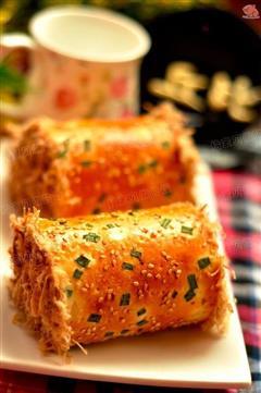 沙拉酱肉松面包卷