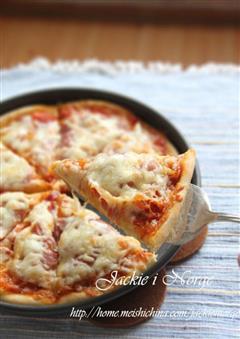 芝士熏肉披萨