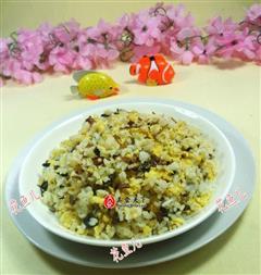 梅干菜鸡蛋炒饭