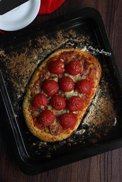 番茄培根披萨