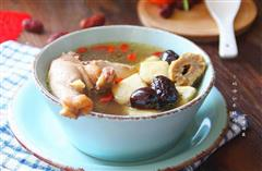玛咖红枣炖鸡汤