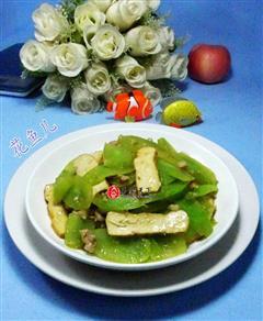 肉末香干炒莴笋
