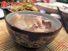 土茯苓排骨汤