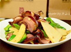 腊肉炒鲜笋