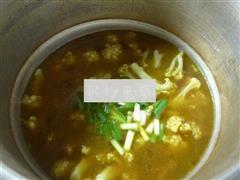 粉条花菜牛排骨汤