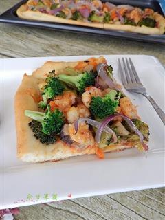 蔬菜虾仁披萨