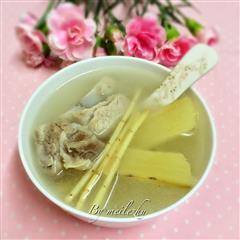 竹蔗茅根排骨汤