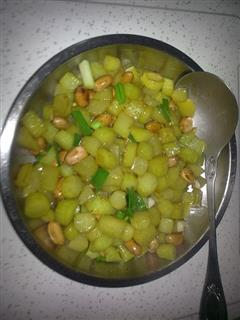 小炒莴笋粒