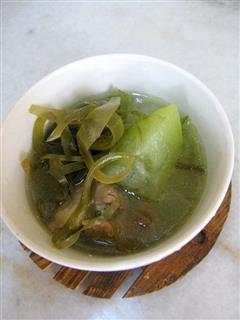冬瓜海带丝排骨汤