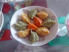 三色双菇鲈鱼饺子
