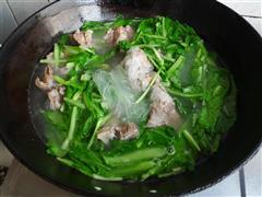 青菜粉丝排骨汤