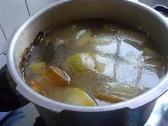 节瓜海带排骨汤