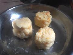 土豆泥胡萝卜泥团子