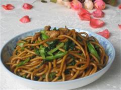 鸡毛菜肉丝炒面条