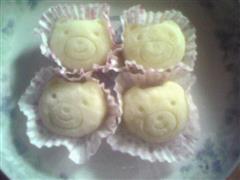 绿豆蓉冰皮月饼