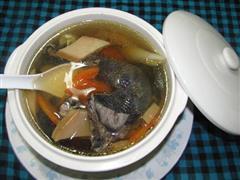 杏鲍菇乌鸡汤