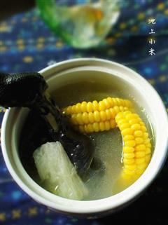 淮山玉米乌鸡汤