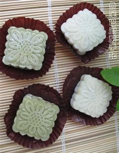 抹茶双色冰皮月饼