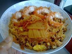海鲜风辣白菜炒饭