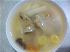 山药白果排骨汤
