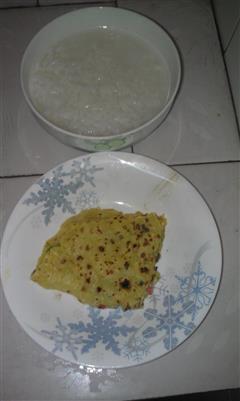 芹菜香菇鸡蛋饼