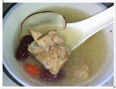 海底椰排骨汤