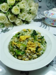 生菜鸡蛋炒饭