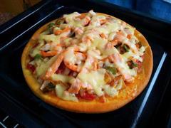 鲜虾三文鱼披萨