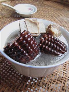 甜糯玉米排骨汤