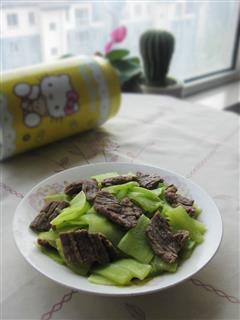 牛肉片炒莴笋