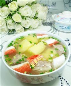 蟹柳土豆排骨汤