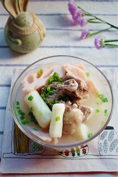 莲藕山药排骨汤