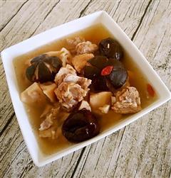 香菇莲藕炖排骨