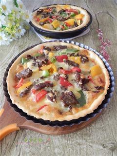 法式黑椒牛肉披萨