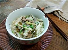 酸菜春笋排骨汤粉