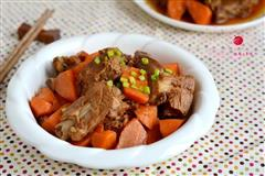 红烧排骨胡萝卜