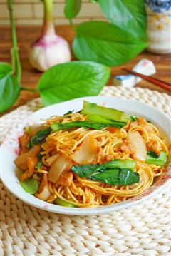青菜肉片炒面