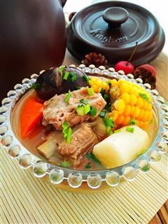 坤博砂锅炖香菇排骨汤