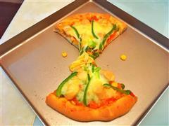 青椒鸡肉肠披萨