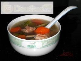 青红萝卜排骨汤