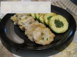 西葫芦、鱼肉煎饼