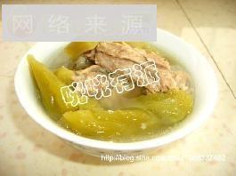 苦瓜大蒜排骨汤
