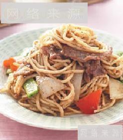黑椒牛肉炒面