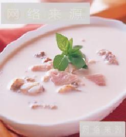 牛奶排骨汤