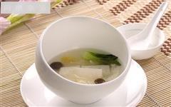 竹荪银耳汤