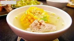 清香玉米排骨汤