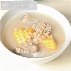 糙米玉米排骨汤