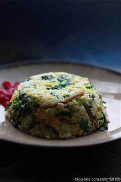 荠菜海带蛋炒饭